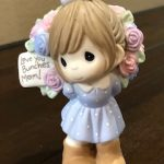 A very cute Precious Moments figurine - Love you bunches