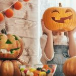 Halloween DIY, Decorating for Halloween on a budget, Cheap Halloween decorations